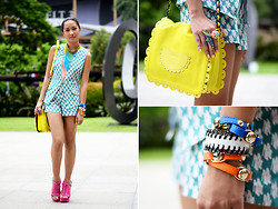 Laureen Uy - Extreme Finds Necklace, Plains And Prints Top, Plains And Prints Shorts, See By Chloé Bag, Extreme Finds Bangles, Call It Spring Wedges - Terno (BMS)