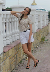 Katerine Shemyakina - Pull & Bear Top, Be Free Neclace, H&M Shoes - Lace-like