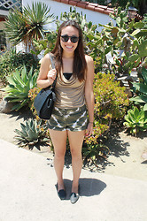 Hannah Meegan - Forever 21 Oversize Circle Sunglasses, H&M Black And Beige Tanktop, Ny&C Green And White Tie Dye Shorts, Liz Claiborne Black Tote, Aldo Sparkly Black Loafers - The Journey Down South