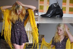 Martha Blue Mitchell-Gillespie - Vintage Yellow Shawl, Vintage Shop Floral Playsuit, Deena & Ozzy Leather Ankle Boots - Yellow Fringe