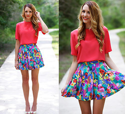 Madeline Becker - Tail Vintage Tropical Pleated Skirt, Neiman Marcus Vintage Bright Coral Silk Blouse - Vintage lovin'