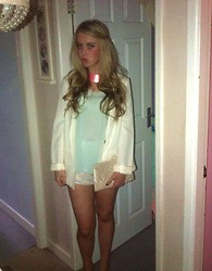 Caitlin Evans - Primark Chocker, H&M Silk Vest, H&M Blazer, New Look Shorts, New Look Clutch - Pastels