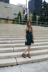 Julie C - Wedges, Taro Card Tank, American Apparel Green Skirt - La Lune