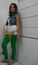 Alejandra Osma - Bershka Denim Vest, Hot Topic Green Pants, Bershka Belt/Bag - Ready to going out!