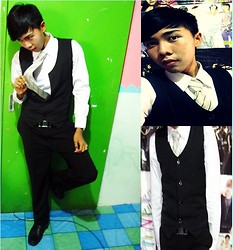 Chandra Pramana Putra - Black Vests - It's just with Vest n cooL :)