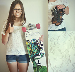Cecilia Pettersson - Second Hand Lace Top, Second Hand Shorts, Alice Sandals - Longboard!