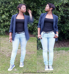 Adelaide Chitanda - H&M Top, Blazer, Jeans, Trainers - All kinds of crazy