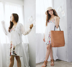 Becky Baek - Round Ribbon Hat, Stitchwork One Piece, Brown Square Shopper Bag, Buckle Stud Sandal - Beach fashion