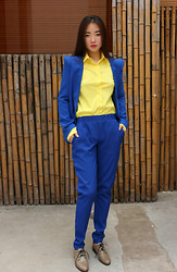 HEIDI KIM - Fluorescent Yellow Shirt, Blue Suits, Tan Leather Flat Shoes - IGNORING THE IDENTICAL RULES