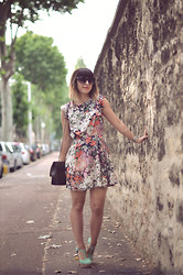 Valentine Hello - Olive Clothing Floral Dress, Chanel Bag, New Look Mint Heels - Friday On My Mind
