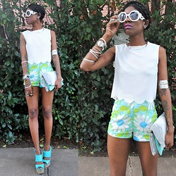 VintageVirgin Jessica - Romwe Tulip Crop Top, Vintage Floral High Waist Shorts, Akira Fold Over Snakeskin Clutch, Neon Aqua Platform Wedges, Prada Romwe Faux Sunnies - PETAL TO THE METAL