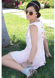 Laura - Urban Outfitters Sunglasses - Pastel Spikes