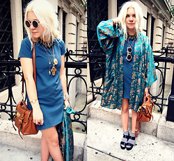 Hannah Riley - Antique Jewelry, Michael Kors Watch, Thrifted Kimono, Asos Dress, Mulberry Bag, Thrifted Sunnies, Steve Madden Sandals, Urban Outfitters Floral Socks - Turquoise Kimono