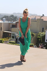 Sabrina B. - Forever 21 Green Dress, Cotton On Wegdes, Forever 21 Black Studs Clutch, H&M Golden Necklace - A green jump