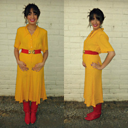 Cecilia H - Unknown Vintage Yellow Dress, Forever 21 Red Belt - Pregnancy Style >> 19 weeks