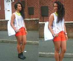 Husty Fuentes - H&M Necklace, H&M Crochet Top, H&M Shorts, Asos Bag, Topshop Boots - Could Just Be The Bassline