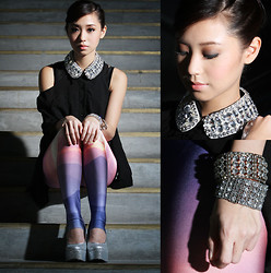 Kryz Uy - Ministry Of Retail Top, Romwe Collar, Lovelysally Leggings, Paris Dreams Boutique Wedges, Sm Acc Bangles - Controlled Chaos