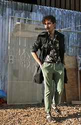 Jo Zepeda - H&M Coat, Vintage Shirt, Urban Outfitters Pants, Asos Shoes - Happenings