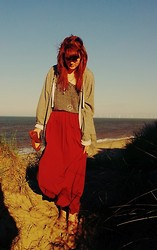 Gem Stuart - Primark Burgundy Maxi Skirt, H&M Tank Top, Urban Outfitters Peace Necklace - Peace at sea.