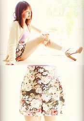 Janet ▲ - Aritzia Floral Shorts, Opening Ceremony T Strap Heels - Somebody that I used to know / Gotye
