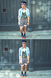 Joseff Lopez (Seffinisto) - Vintage Blue Bandana, Vintage Black Lily Shorts, Primadonna Two Tone Oxford Shoes - Hipster Monday