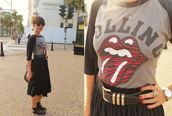 Lereese Atkinson - Vintage Tee, Kenneth Cole Vintage Belt, American Apparel Midi Skirt, Topshop Sandals, Michael Kors Silver Watch, Girl.Stole.Vintage Vintage Bag - Keepin' it simple, on Rodeo Drive…as you do.