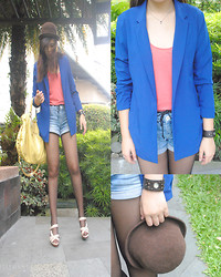 Jessie Kim - Forever 21 Blue Boyfriend (Over Sized) Blazer, Clide.N Denim Shorts, Zahir Yellow Leather Bag, Forever 21 Orange Sleeveless Inner Shirt, Asos Beige Wedges - Boyfriend