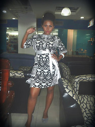 Riamond Whiteside - Yako Reyes Dress, Sunnies, Rubber Doll Shoes, Bangle - African inspired print