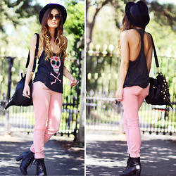 Anouska Proetta Brandon - Wildfox Couture Tank, River Island Jeans, Storets Bag - New Lands.