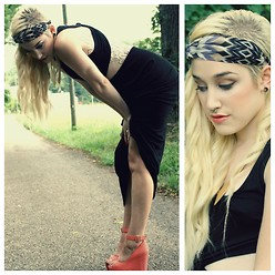 Cassie O'Neal - Forever 21 Aztec Headband, Lush Backless Maxi, Lulus Coral Mary Jane Wedges - Heat Dazed