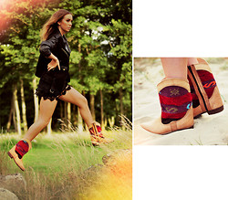 Lisa Olsson - Lou & Friends Boots, Crochet Dress, Leather/Suede Jacket - Last hour of sun.