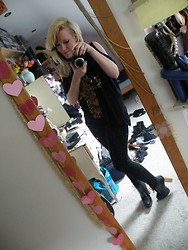 Beverley Bowen - Tkmaxx Top, H&M Leggings, Ebay Lace Up Boots - Leopard print cross