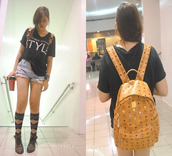 Jessie Kim - Mcm Backpack, Ssamzie Brown Leather Boots - Style