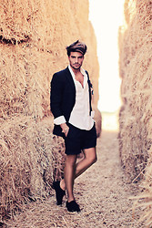 Mariano Di Vaio - Ermenegildo Zegna Jacket Suit, H&M, M:Zero Shoes - SUMMER SUIT