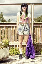 Malin Z - Lindex Sunglasses, Gina Tricot Donut Print Top, Vintage/Diy Tie Dye Shorts, Vintage Purple Sweater, Ebay Creepers - Right as Rain