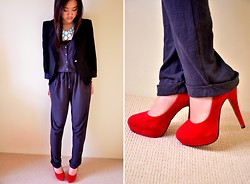 Fashion X-periment - Country Road Grey Jumpsuit - When in doubt, wear red.