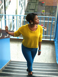 Adelaide Chitanda - H&M Jumper, New Look Jeans, Flat Shoes - Colours!
