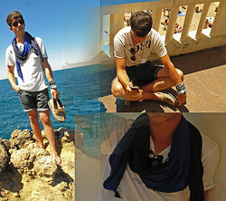 Louis Omlin - Guess? T Shirt, Jack&Jones Shorts, H&M Scarf, Bandanas, Glasses, Bama Shoes - Listen to the wind!