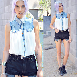 Rae Shoemaker - Sheinside Stiching Denim Lapel Sleeveless White Chiffon Shirt, Levi's® Black Denim Cutoffs, Urban Outfitters Chelsea Boots - Pulled Back