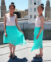 Linda Q. - H&M Top, Forever 21 Asymmetrical Skirt, Kelly&Katie Sandals - MINTY FRESH
