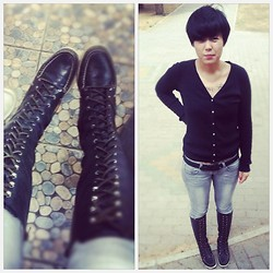 Duk Velvet - Sperry Northstar Knee High, Bershka Jeans, Zara Black Cardigan - Dry and Heavy