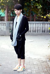 Ersa Adiprasetya - Monday To Sunday Black Cardigan, Cmyt Harem Pants, Nike Sb Sneakers, Cotton Ink Knitted Shawl - Cotton Poppin'