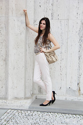 Barbora Drasnarova - Warehouse Bag, H&M Pants - Classic Pants