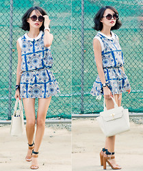 Sun J. - Misspouty Scarf Printed Dress, Black Martine Sitbon Saffiano Tote, Zara Color Block Strap Sandals - The Scarf Dress