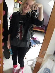 Beverley Bowen - Deicheman Shoes, Unknown Leggings, Tkmaxx Top, Ebay Leather Jacket - Union Jack