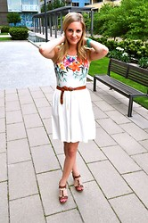 Sarah Helfgott - H&M Dress, Target Shoes - Floral and white