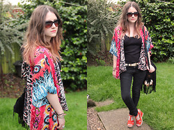 Heather Louise - Band Of Gypsies Kimono, Ebay Bag, Matalan Wedges - Band of Gypsies