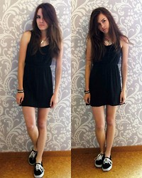 Jacky S - H&M Statement Necklace, H&M Black Dress, Vans Authentics - London Hates You