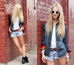 Shea Marie - True Religion Denim Shirt, One Teaspoon Shorts, One Teaspoon Belt - All the Pretty Horses