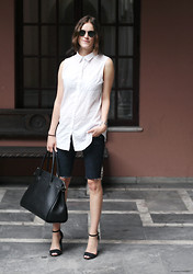 Sara Strand - Zara Heels, Diy Biker Shorts, Decadent Bag, H&M Shirt, Ray Ban Sunglasses - 250712